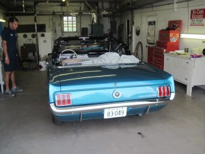 65 mustang engine running 005