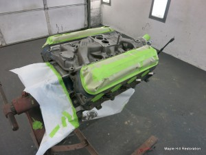289 High performance engine ready to be repainted
