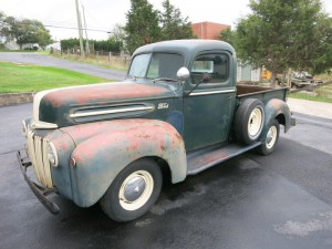 1947 ford truck 008